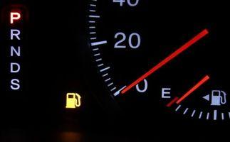 ガソリンメーター 車