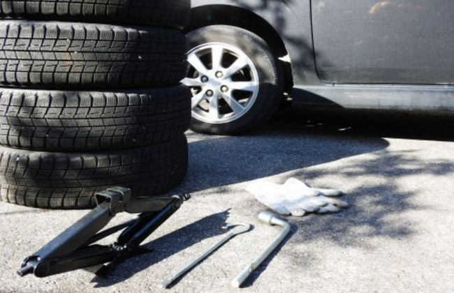 タイヤのバーストの原因や前兆とは?イエローハットで修理するときの費用について